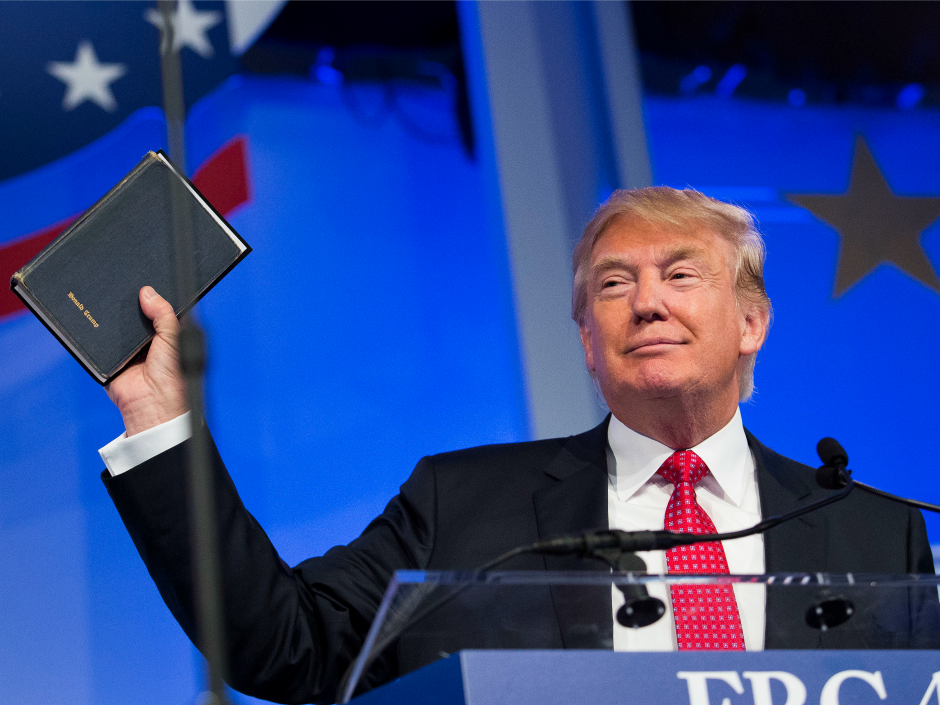 trump holding a bible 2